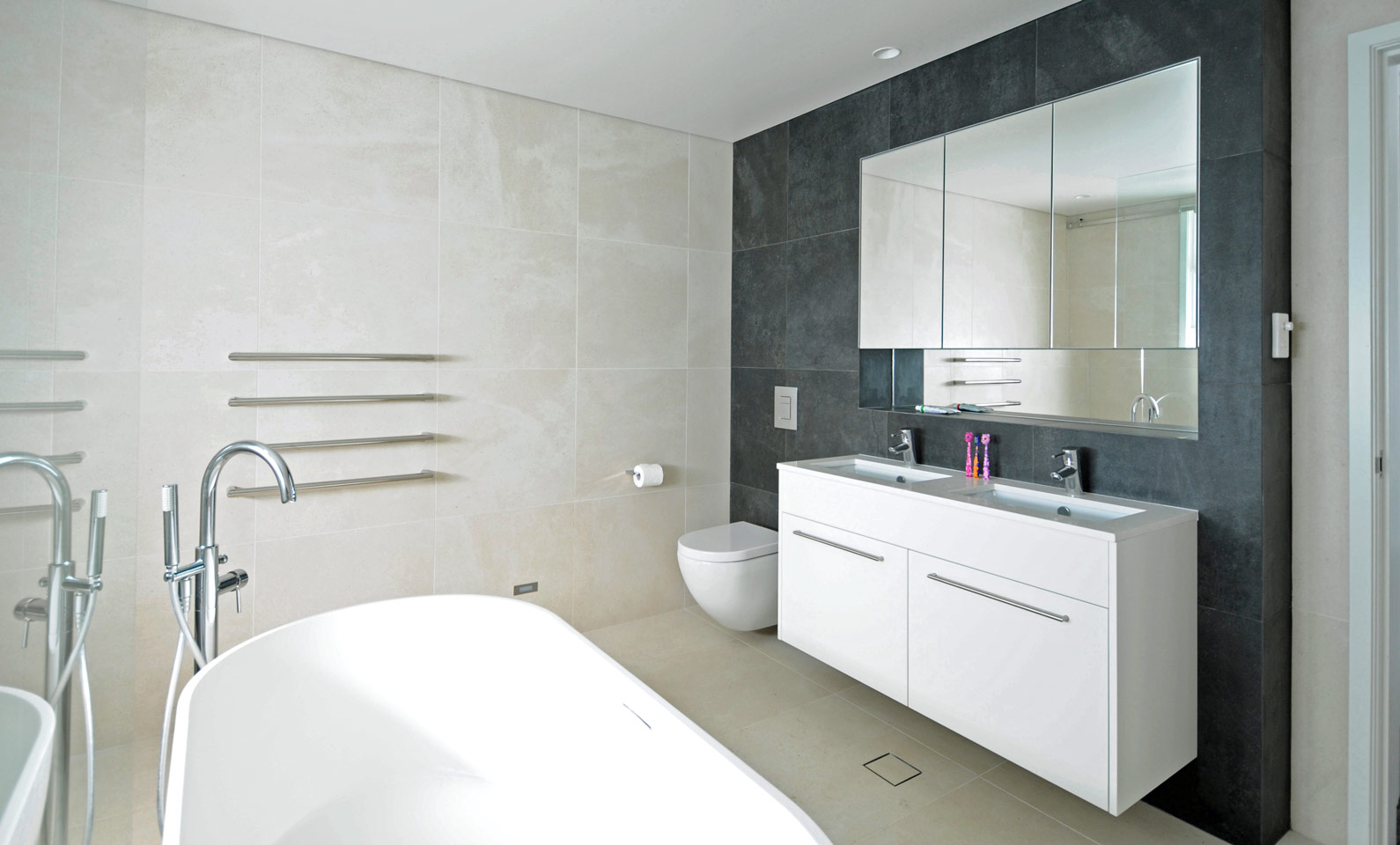 Hopetoun House Vaucluse - Completed Bathroom